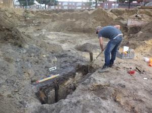 Opgraving middeleeuwse beschoeiing