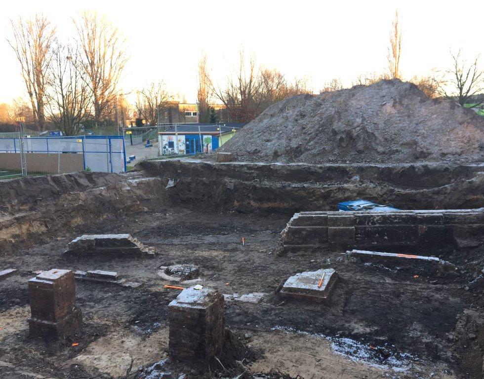 Opgraving Dullertstraat Arnhemsche Verlichtingsfabriek.