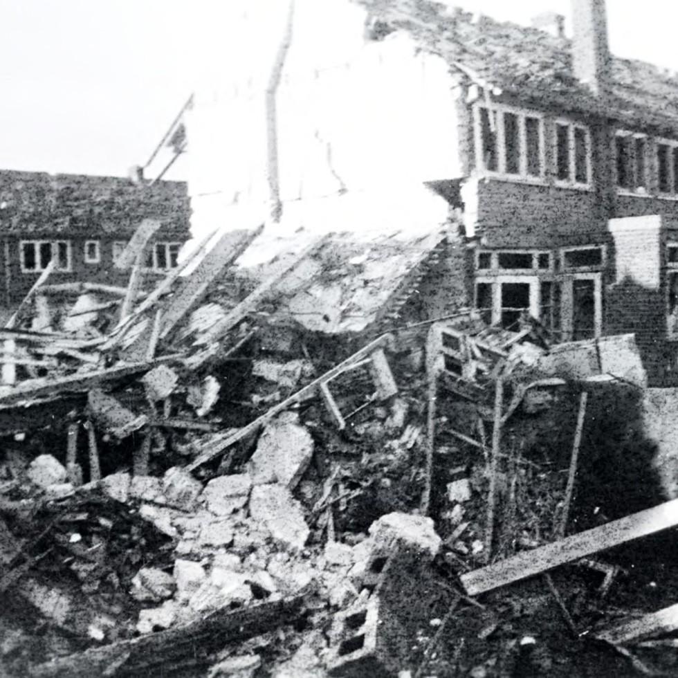 Oorlogsschade in de Haagdoornstraat in 1944.
